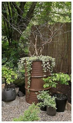49 simple, easy and cheap diy garden landscaping ideas 11 - Garten - Diy Garden, Garden Projects, Terrace Garden, Rusty Garden, Garden Paths, Pergola Diy, Front Yard Landscaping, Mulch Landscaping, Backyard Patio