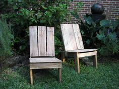 Chairs- 20 Great DIY Furniture Ideas with Wood Pallets