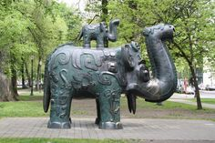 Bronze elephants in the North Park Blocks of Portland, Oregon