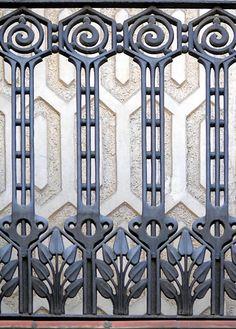 Casa Francesc Coll. Architect: Eduard Ferrés i Puig. Barcelona - Gran Via