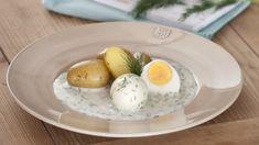 Pro milovníky české a moravské kuchyně jsou omáčky nezbytností. My pro vás máme tip, jak si můžete připravit lahodnou koprovku doslova za pár minut. Food And Drink, Eggs, Breakfast, Breakfast Cafe, Egg, Egg As Food