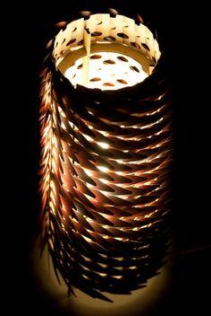 Lampe Tuil, la lampe avec des écailles de Jean-Sébastien Lagrange