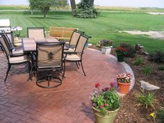 I Like How This Flows Into The Yard, This Is What I Imagine Or Similar.  Small Brick PatioBrick ...
