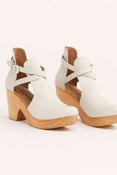 fae185795e 17 Best leather clogs images in 2019 | Clog sandals, Clogs shoes ...