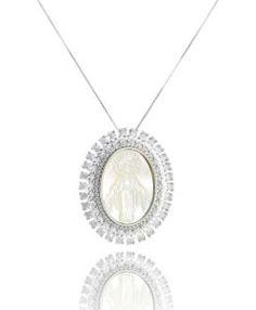 comprar colar religioso com zirconias e madreperolas com banho de rodio semi joias da moda