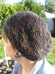Un bonnet vite fait - Les bricoles du grenier - Knitting 02 Plaid Crochet, Knit Crochet, Baby Hats Knitting, Knitted Hats, Turban, Bonnet Hat, Retro Stil, Slouchy Hat, Knitting Accessories