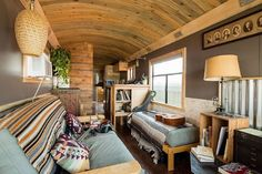 Professional bus homebuilder is at home -- on a converted bus (Video)