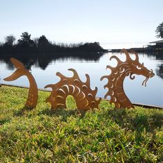Chris Cooks' extravagant, three-part denizen of the deep adds a dramatic statement to green spaces.