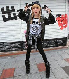 Korea Street Style, Tokyo Street Style, Japan Street, Fashion Mag, Cute Fashion, Girl Fashion, Fashion Outfits, Harajuku Fashion, Harajuku Style