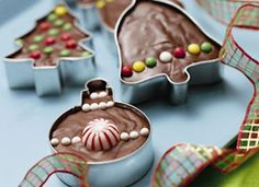 Holiday Cookie Cutter Fudge.....great gift wrapped in cellophane and ribbons!