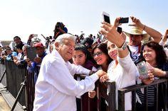 Encuestas dicen que AMLO encabezaría preferencias electorales para 2018 | El Puntero