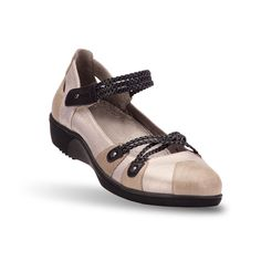 Women's Livan Silver Casual Shoes from Gravity Defyer.