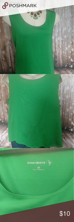 3x Kelly Green Shell, Susan Graver Roomy, professional tank, in the perfect Kelly green / emerald color. The fabric has sheen so it looks great under a suit jacket or sweater but works alone on those warm summer days. Dress it down with jeans if you want! Susan Graver Tops