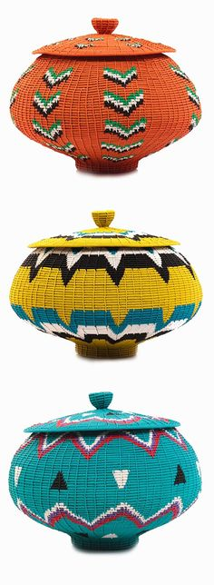 South Africa - Kambas with lids made by master weaver Alfred Ntuli, an inventive coil method wire weaver. The colours used and patterns created through the weaving process are lovely. African Interior, African Home Decor, African Crafts, South African Design, South African Decor, Afrique Art, Zulu, Basket Weaving, African Fashion