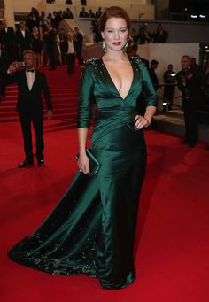 Lea Seydoux makes the 2014 Cannes Film Festival best dressed list in some serious green satin and Old Hollywood glamour