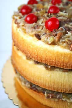 Alabama Lane Cake - like a blonde German Chocolate Cake with a bit of bourbon Baking Recipes, Cake Recipes, Dessert Recipes, Sweets Cake, Cupcake Cakes, Cupcakes, Bambi, Lane Cake, Piece Of Cakes