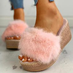 [£ Women's Fabric Flat Heel Sandals Slippers With Faux-Fur shoes - VeryVoga Chunky Heel Pumps, Low Heel Sandals, Cute Sandals, Platform Wedge Sandals, Wedge Heels, Shoes Sandals, Peep Toe, Color Beige, Fashion Sandals