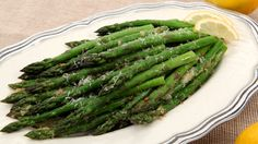 Parmesan Asparagus - Recipes - Best Recipes Ever - This easy side takes no time at all to whip up. Best Asparagus Recipe, How To Cook Asparagus, Side Dish Recipes, Vegetable Recipes, Side Dishes, Easy Recipes, Healthy Eating Recipes, Cooking Recipes, Healthy Foods