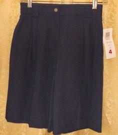 NWT walking shorts size 4, navy blue dark, Liz Claiborne new #LizClaiborne #BermudaWalking