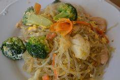 Fotorecept: Jednoduché ryžové rezance so zeleninou Spaghetti, Ethnic Recipes, Food, Meal, Essen, Hoods, Meals, Eten
