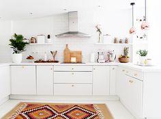 feminine french kitchen / sfgirlbybay