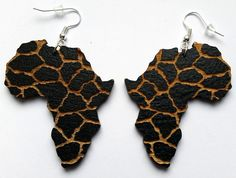 Africa wooden earrings black with animal print, African map engraved giraffe pattern by CustomPiecesEU on Etsy