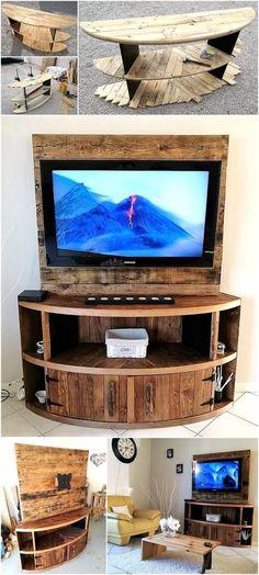 DIY Wood Pallet TV Stand Plan #Pallettvstands #diytvstandswood