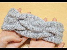 Объемная повязка на голову спицами. // Knitting headband - YouTube