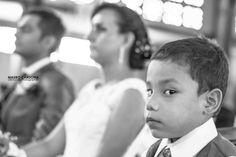 Historia de amor, Alexandra & Andrés.  Es maravilloso acompañar con mis fotografías a parejas como esta, que manifiesta su amor mediante su boda.