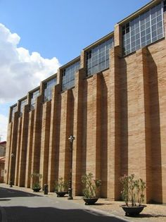 Rafael Moneo Merida Museum of Roman Art; contemporary meets traditional.  Stunning.