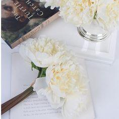 Kitchen, Dining & Bar Inventive Künstliche Rose Silk Flower Bridal Bouquet Für Home Wedding Decor Agreeable To Taste