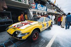 1973 Ferrari 365 GTB 4 Ferrari (4.390 cc.) Neil Corner Willie Green