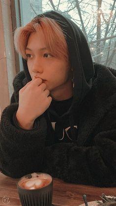 K Pop, Sung Lee, K Drama, Young K, Cute Korean Boys, Felix Stray Kids, Kid Memes, Kids Wallpaper, Fandom