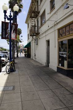 Shopping and coffee shops in University Heights, San Diego