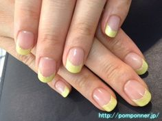 French Nail yellow simple シンプルなイエローのフレンチネイル