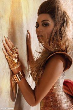 Beyoncé Knowles❤ℒℴvℯly