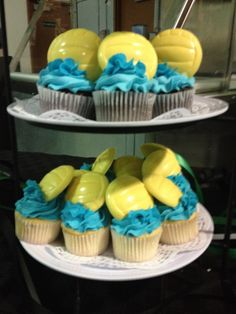 Follow Kid Chef Delainey at Delaineys Diner on Facebook & Youtube -Water polo banquet cup cakes.   And they tasted amazing!!