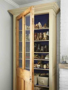 Attach a vintage door to an open shelving unit and neatly display favorite shoes, purses and accessories. Closet Redo, Shoe Closet, Home Design, Open Shelving Units, Table Cafe, Vintage Industrial Furniture, Metal Shelves, Decorating Small Spaces, Decorating Ideas