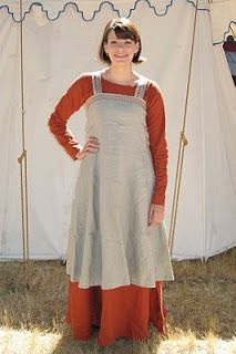 Viking - dress diary. Patterns for underdress and aprondress linked with her notes about what she changed and what she liked.