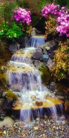 Relaxing garden Inspiration Relaxing garden and backyard waterfalls 36 Waterfall Photo, Garden Waterfall, Waterfall Fountain, Beautiful Waterfalls, Beautiful Landscapes, Beautiful Gardens, Plants That Repel Bugs, Backyard Water Feature, Flower Garden Design