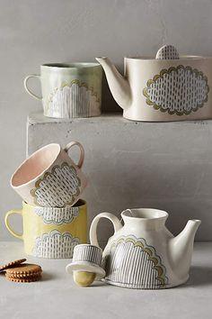 Running Stitch Teapot
