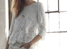 Saw a blouse like this in the new Anthropologie catalog. I want. Lerve mucho.