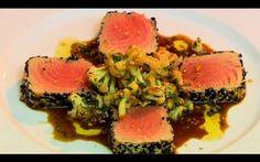 Atum em crosta de gergelim com salada de couve-flor - Receitas - GNT