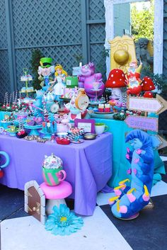 Alice in Wonderland Birthday Party Ideas | Photo 4 of 90 | Catch My Party