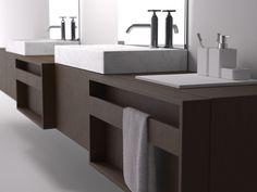Towel bar door face Agape Flatxl_plus_815_rov_br_lat_r