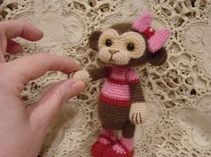 Thread crochet monkey  this is so tiny and cute! Not sure I would have the patience to make one. But I think I will try this year.