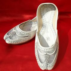 Beautiful Punjabi Jutti-Footwear (Women)-DESILIFESTYLE