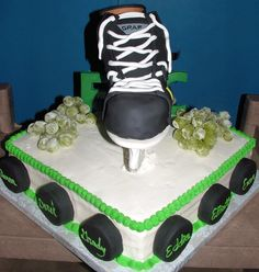 Hockey cake - probably not possible for me to make, but cool idea