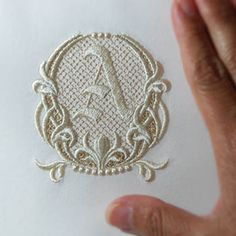 Embroidery Hoop Crafts, Sewing Machine Embroidery, Embroidery Letters, Embroidery Flowers Pattern, Embroidery Fashion, Beaded Embroidery, Flower Patterns, Embroidery Stitches, Hand Embroidery