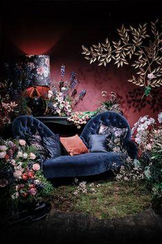 design - Floral & Interior Trends 2018 from The Flower Council of Holland (Flowerona) Deco Floral, Floral Design, Home Interior Design, Interior Decorating, Decorating Ideas, Sala Vintage, Boho Deco, Event Decor, Backdrops